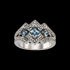 Beautiful Aquamarine Diamond Ring