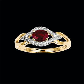 Unique Ruby and Diamond Ring