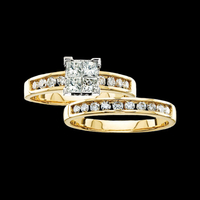 Traditional Design Diamond Engagement Ring