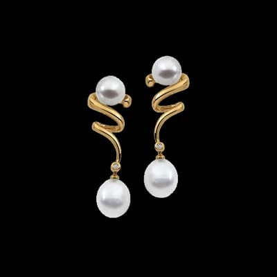 South Sea Diamond Drop Earrings