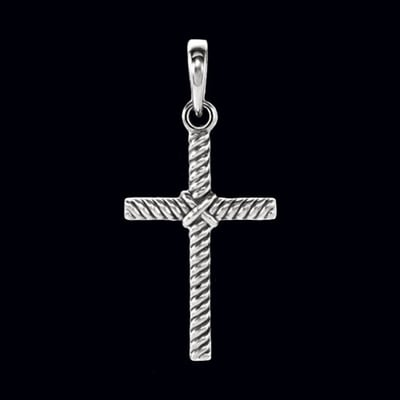 Rope Design Cross Pendant