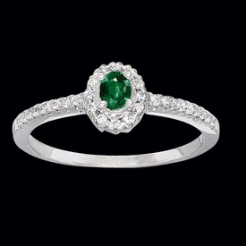 Dainty Emerald Diamond Ring