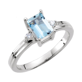 Aquamarine Rings Gorgeous Aquamarine & Diamond Ring