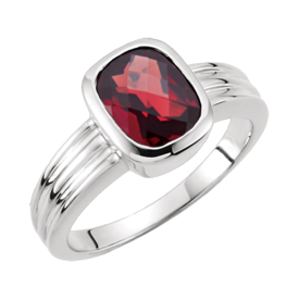 White Gold Mozambique Garnet Ring