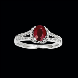 Flashy Diamond Ruby Ring