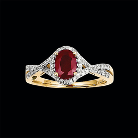 Romantic Diamond Ruby Ring