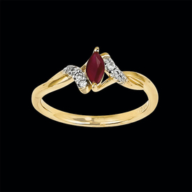 Dainty Ruby Diamond Ring