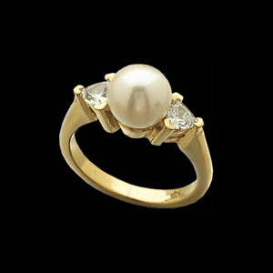 CE605-60 Akoya Pearl and Diamond Ring