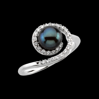 Black Akoya Pearl & Diamond Ring