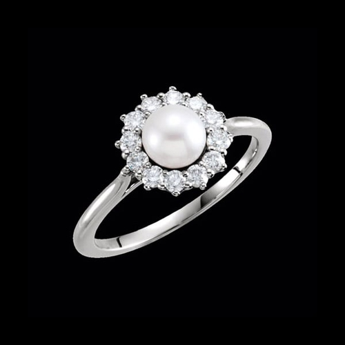 Gold Diamond Halo Pearl Ring