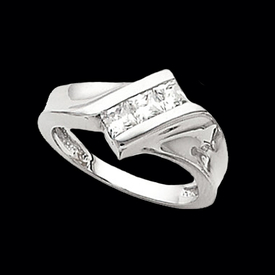 Diamond Slant Princess Ring