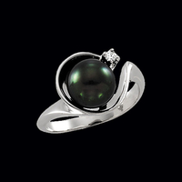 Fancy White Gold Black Pearl Ring