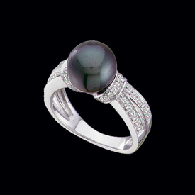 White Gold Black Pearl Ring