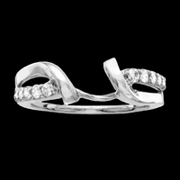 Pass Design White Gold Diamond Ring Guard