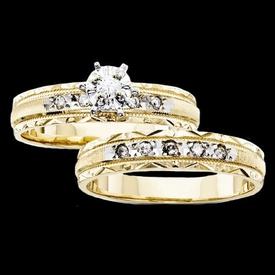 Pretty Diamond Trio Wedding Set